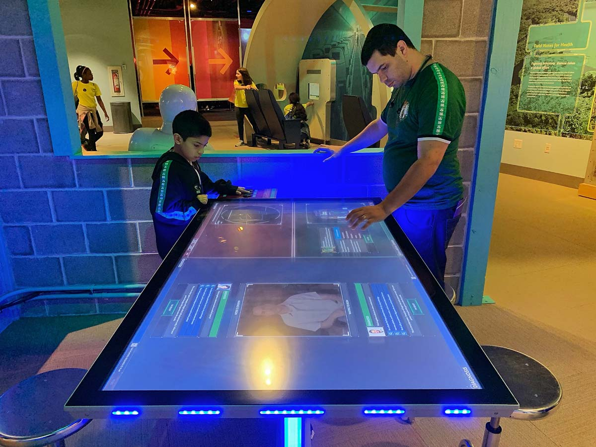 Ideum and XPRIZE Complete Evaluation of Medical Tech Exhibit at 3 Science Centers