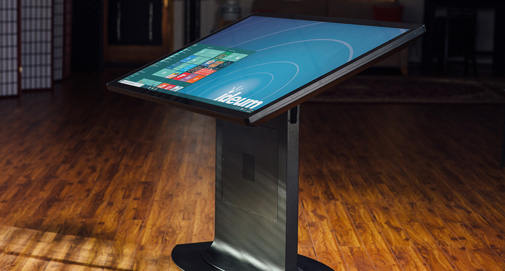 New 55- and 65-Inch 3M™ Touch Displays & Multitouch Tables—White Paper